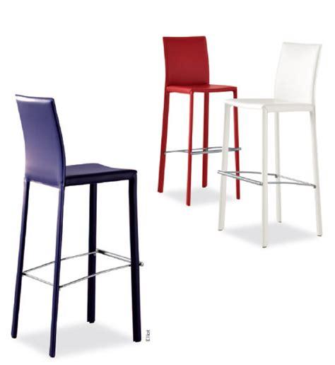 chaises et tabourets en cuir airnova