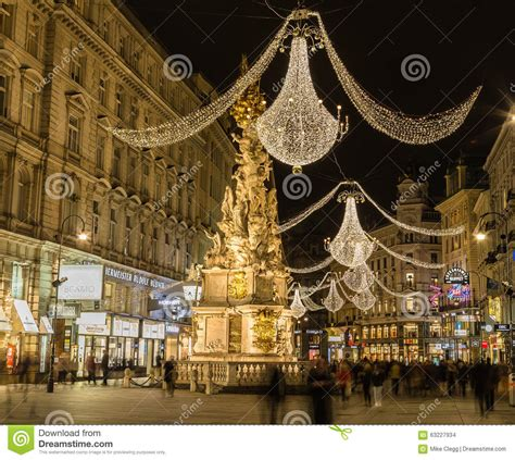graben street  vienna  night   christmas