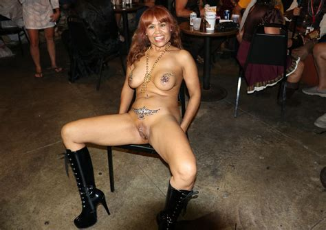 Black Exhibitionists 327 Shesfreaky