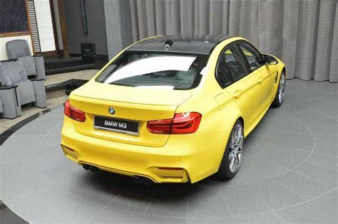Un Exclusivo Bmw M3 Amarillo A La Venta En Abu Dhabi