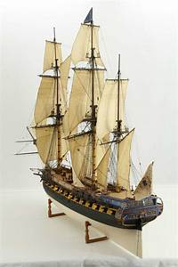 Photos ship model French 40 gun frigate of 18th century