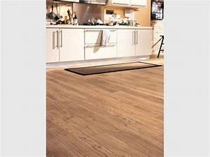 idee sol cuisine une cuisine au sol color carrelage sol With carrelage sol pour cuisine