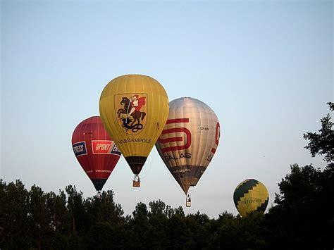 Nałęczów Zawody Balonowe Garnekpl