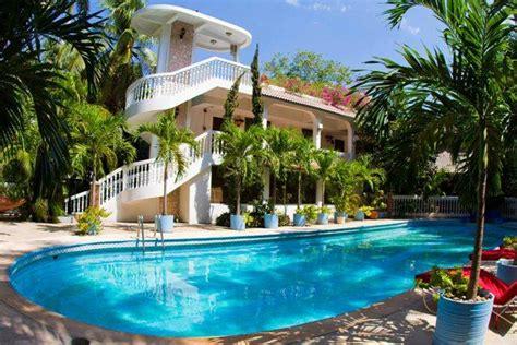 le plaza hotel 104 1 1 5 prices reviews haiti