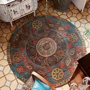 Tapis D Entrée Pas Cher : cr ez votre ambiance chaleureuse avec un tapis salon ethno ~ Teatrodelosmanantiales.com Idées de Décoration
