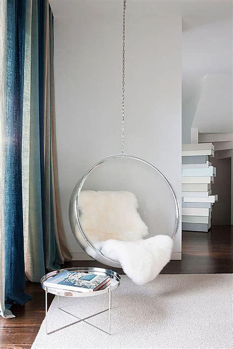 classic chair designs    bubble