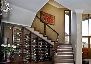 Amenagement sous escalier 60 idees dingues du placard a for Idee deco sous escalier