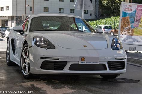 Historically, the porsche boxster and cayman never received the same amount of love as their 911 older sibling. Porsche 718 Cayman S: white bullet S 2.5 PDK with 350 HP • ALL ANDORRA