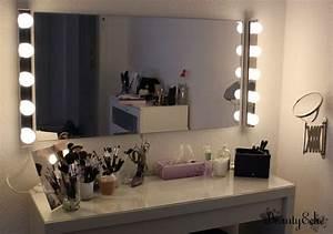 Beleuchtung Für Küchenoberschränke : spiegel mit beleuchtung f r schminktisch ~ Michelbontemps.com Haus und Dekorationen