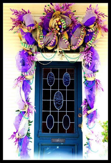 fabulous mardi gras decorated door mardi gras