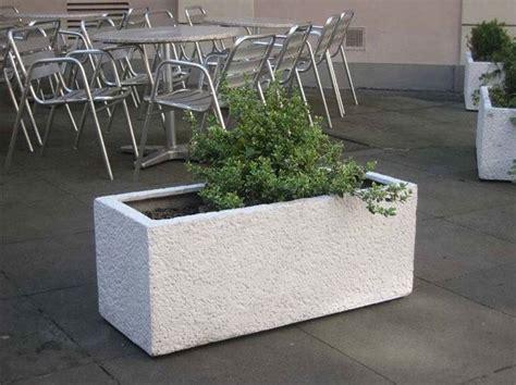 vasi da giardino in cemento fioriere da giardino fioriere