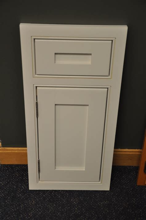 Cabinet Overlay Options by Cabinet Options Bee Of Honey Dos