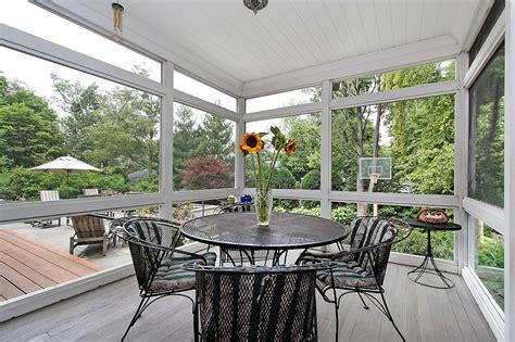 verande in legno e vetro prezzi verande in legno per terrazzi e giardini prezzi e
