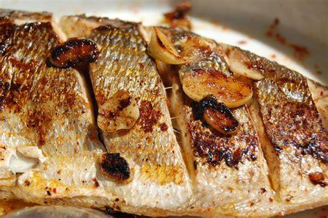 cuisiner dorade royale recette espagnole dorade à la plancha à l 39 espagnole