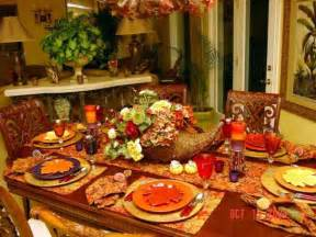 smart thanksgiving decorating ideas tablecloth table runner and place mats