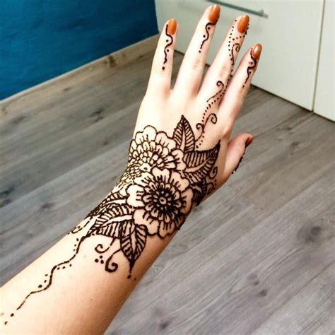 long  henna tattoos   inspirational designs
