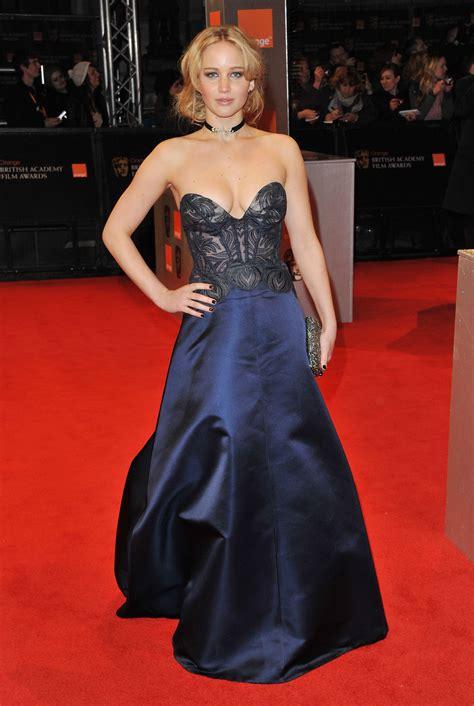 Red Carpet Style Jennifer Lawrence Flare