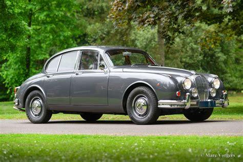 jaguar daimler images jaguar daimler 2 5 litre v8 1964 classicargarage de