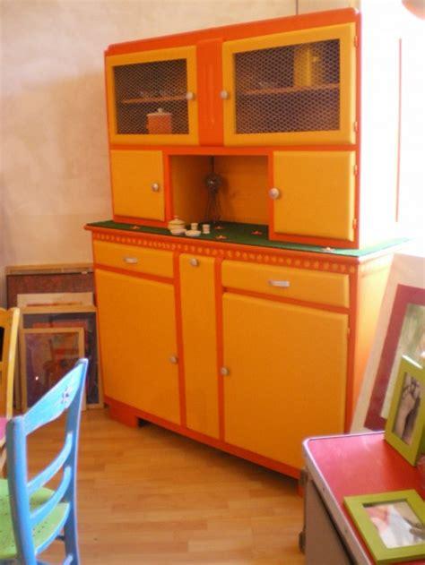 meuble cuisine 馥 60 140 meuble cuisine annee 60 ancien meuble cuisine en formica es 60 ameublement 17 meilleures id es propos de vieux vaisseliers sur cache