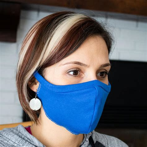 Includes optional nose wire and optional filter pocket. Elastic Free T-shirt Face Mask | Sewing Pattern Download ...