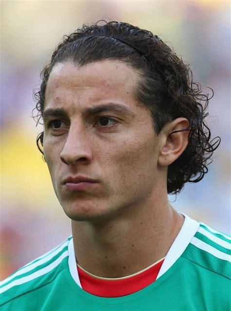 model gaya rambut pemain sepak bola piala dunia world
