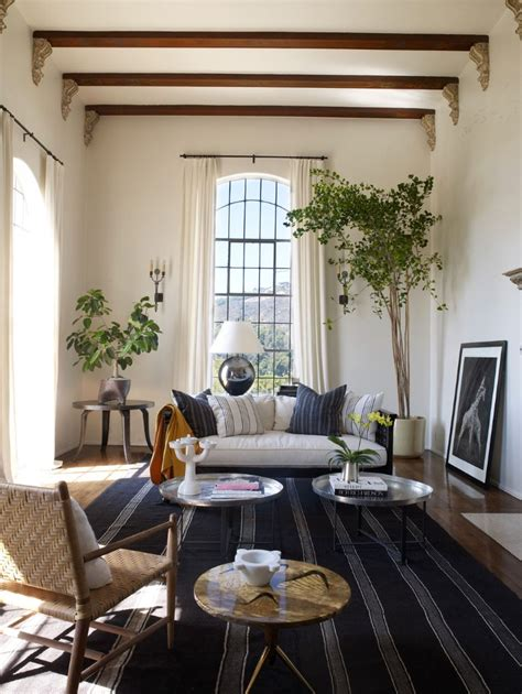 style  coffee table   living room decor