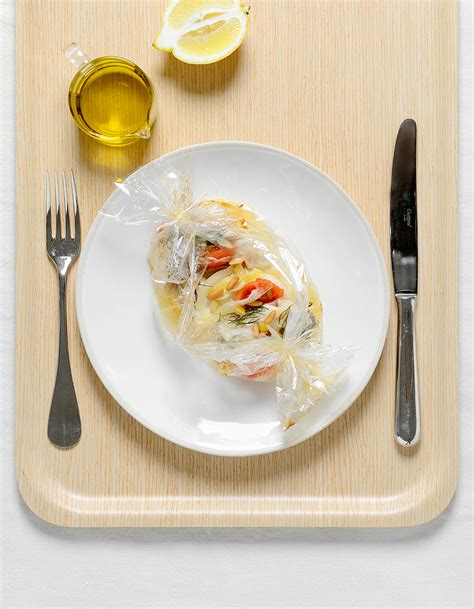 cuisine en papillote bar en papillote pour 2 personnes recettes à table
