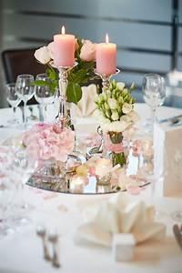 Tischdeko Hochzeit Runde Tische Vintage : tischdekoration f r die hochzeit selber gestalten bild2 hochzeit deko tisch hochzeit ~ A.2002-acura-tl-radio.info Haus und Dekorationen