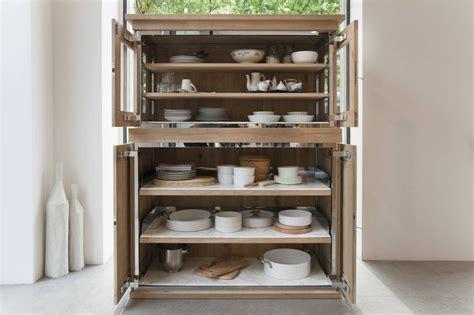 Una credenza in cucina Ambiente Cucina