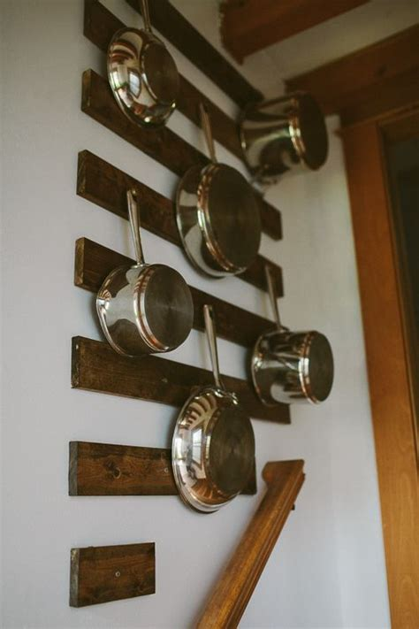 pots  pans hanging  wall organization  key pan