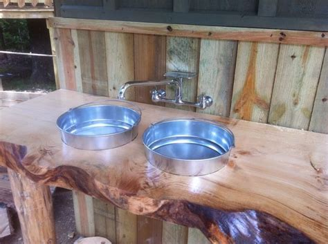 rustic kitchen sinks 1000 ideas about outdoor kitchen sink on 2062