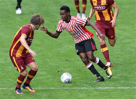 Bradford 2-3 Sunderland picture gallery: All the action ...