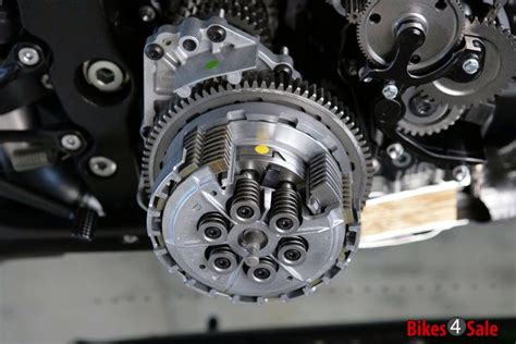 Motorcycle Clutch. Different Types And Their Working