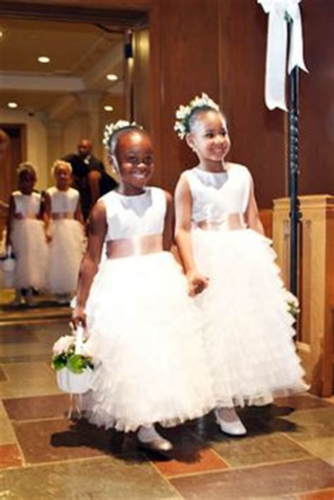1000  images about Wedding: Flower Girls on Pinterest   Flower girls, Flower girl dresses and