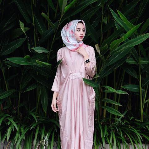 pin  hasna uswatun nisa  kondangan hijab hijab