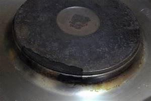 Nettoyer Une Plaque Vitrocéramique : comment nettoyer plaque de cuisson ~ Melissatoandfro.com Idées de Décoration