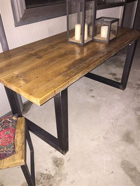 bureau type industriel table ou bureau de fabrication artisanale style