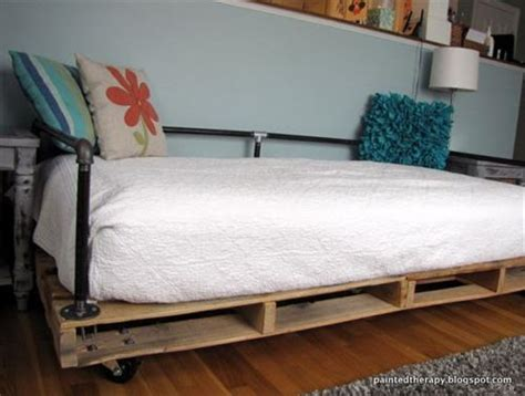amazing diy pallet daybed designs pallets designs