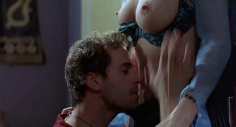 Naked Heather Graham In Killing Me Softly