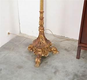 Stehlampe Aus Holz : vergoldete vintage stehlampe aus holz bei pamono kaufen ~ Indierocktalk.com Haus und Dekorationen