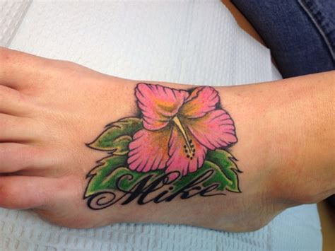 beautiful flower tattoos  woman