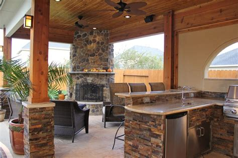 outdoor kitchens  fireplaces contemporary patio