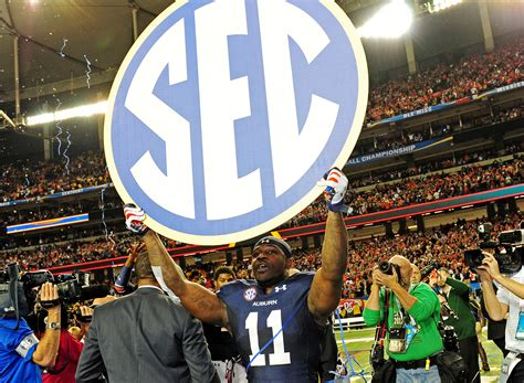 ap projects  sec bowl teams   auburn  cfp title