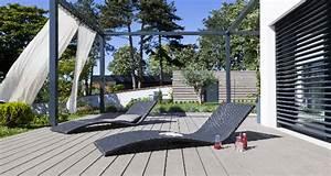 Peinture Sur Bois Exterieur : design moderne sur la terrasse en bois ~ Melissatoandfro.com Idées de Décoration
