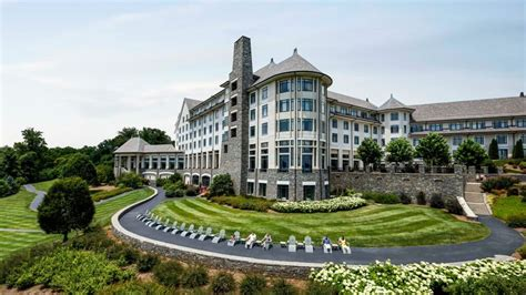 Vacation Like Royalty At America's Most Luxurious Mansion