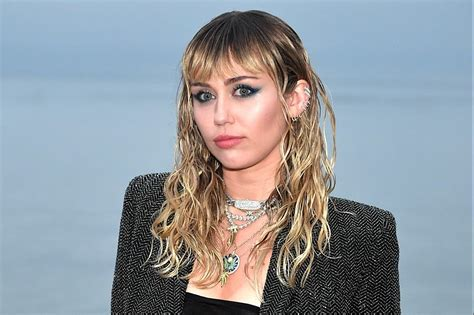 Miley Cyrus Replies to YouTuber's Cultural Appropriation ...