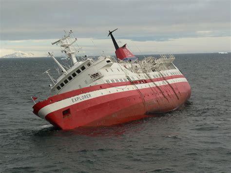 cruise ship sinking 2007 file explorer sinking 2 jpg wikimedia commons