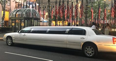 Limousine Car by New York Jfk Airport Limousine Transfer New