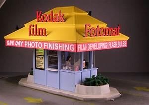 Thomas Ellifritts Fotomat Model