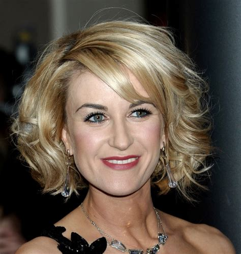 hairdos for middle age women hairstyles for middle aged